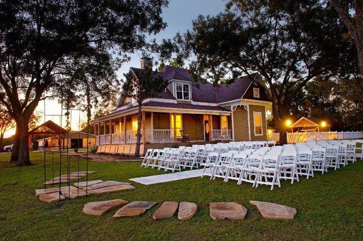 Farmhouse Princeton Texas Weddings