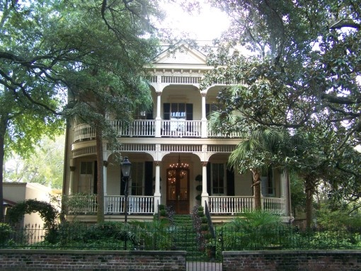 Historic home in savannah georgia for Historic houses in savannah ga