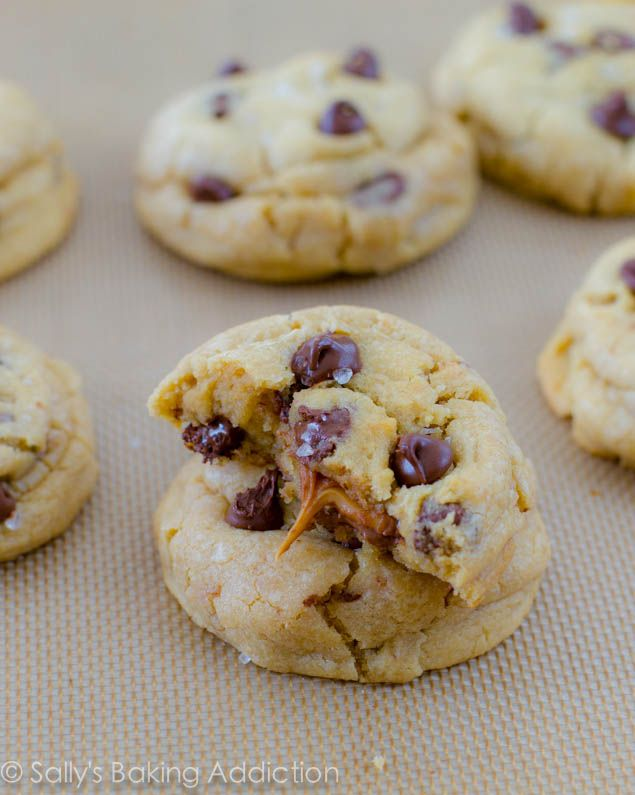 Salted Caramel Chocolate Chip Cookies (stuffed with Rolos ...
