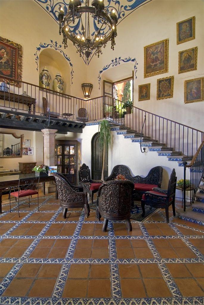 Pin by la fuente imports on mexican interior design ideas - Casas con jardin interior ...