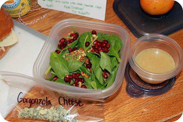 spinach salad with candied walnuts, pomegrante perils, gorgonzola ...