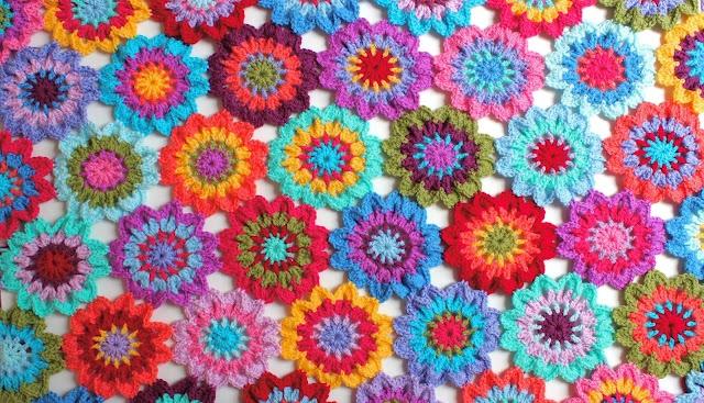 Japanese Flower Blanket!  accordingtomatt.blogspot.com