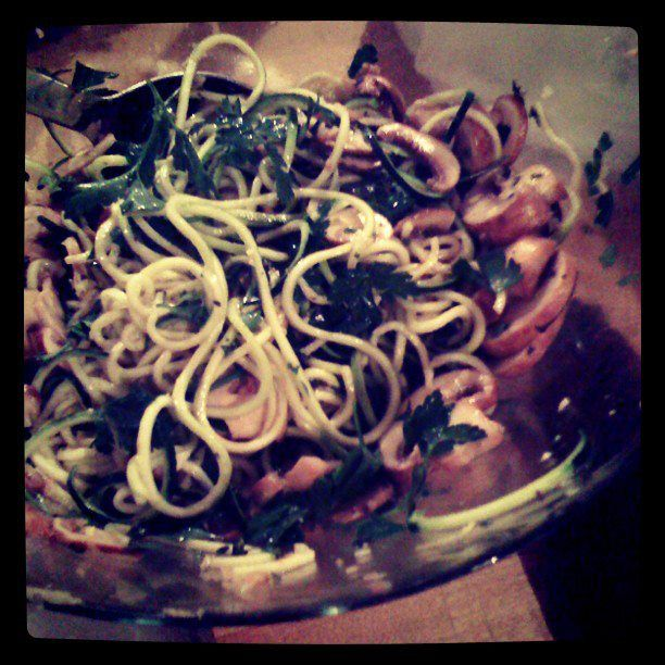 Nigella's Linguine with Lemon, Thyme and Garlic Mushrooms – Raw ...