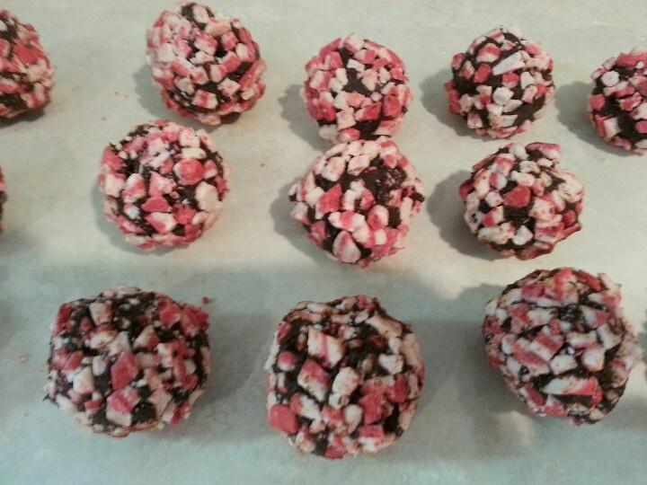 Peppermint Truffles | Stuff I like to Make | Pinterest