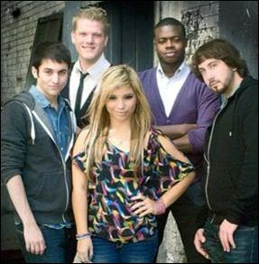 pentatonix scott kirstie dating Pentatonix is so obsessed with their fans the group – mitch grassi, scott hoying, kirstin maldonado, matt sallee, and kevin olusola – sat down to watch some of their biggest fans react to their new music.
