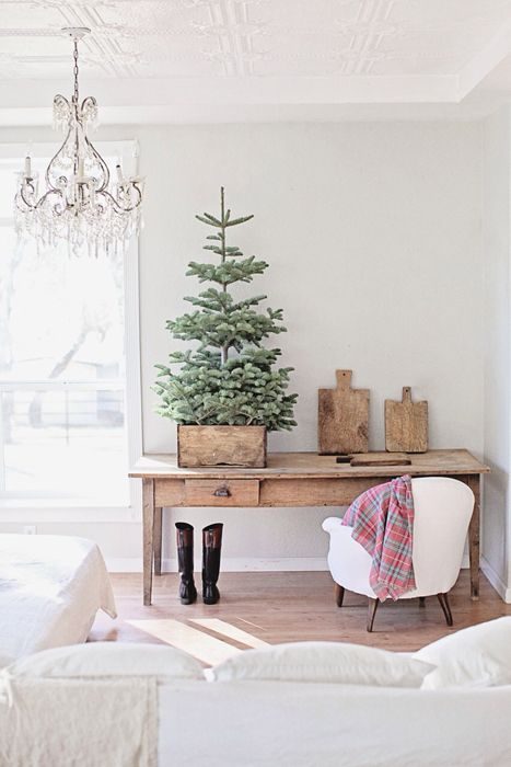 cozy, simple Christmas #tree #tartan #plaid