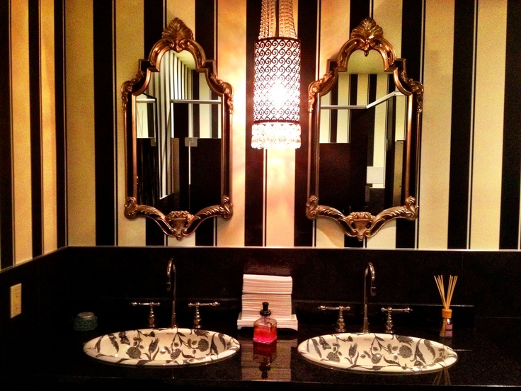Gothic bathroom goth was my past life pinterest for Gothic bathroom ideas
