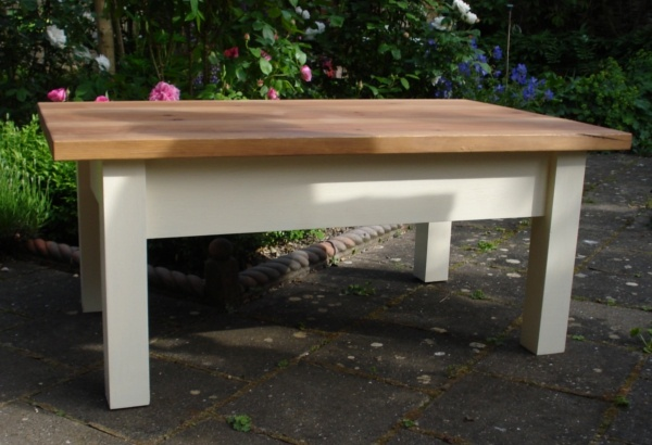 Cottage Style Coffee Table Inspirational Country Interiors Pinter