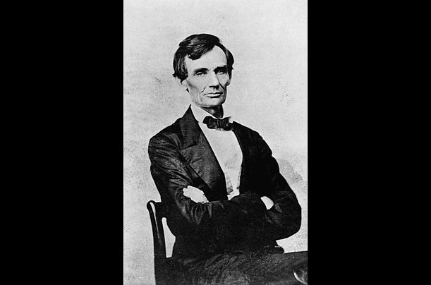 abraham lincoln vs jefferson davis essay Comparison of the lives and leadership abilities of the north's abraham lincoln and the south's jefferson american history , essay, jefferson davis.