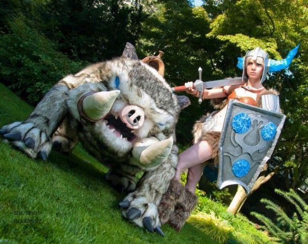 Gorgeous League of Legends Orianna And Sejuani Cosplay
