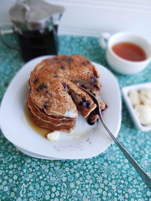 Blueberry Pancakes /by Sunday Morning Banana Pancakes #vegan #recipe