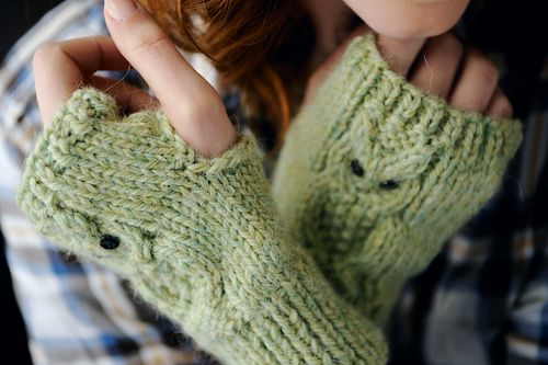 Owl Mittens Knitting Pattern : Pin by Natalie Harper on Knitting Pinterest