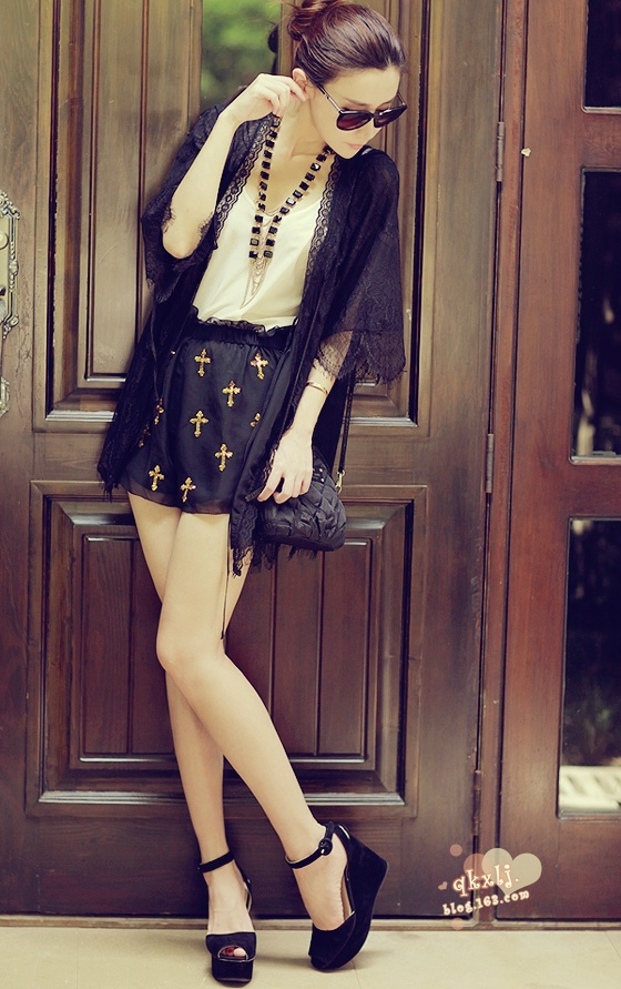 summer black outfit, vintage summer outfit, fashion black