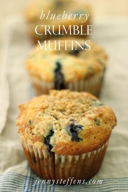 Blueberry Crumble Muffins http://jennysteffens.blogspot.com/2012/06 ...