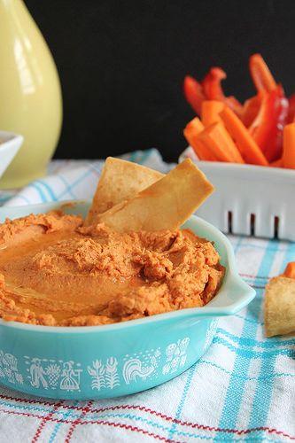 Sun-Dried Tomato Hummus #12bloggers #snacks #healthy