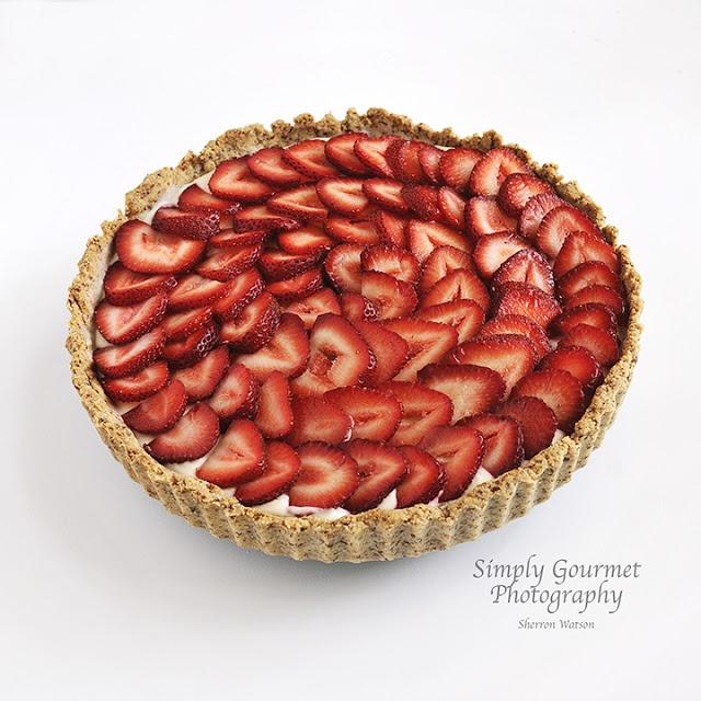 Strawberry Mascarpone Tart #glutenfree #grainfree