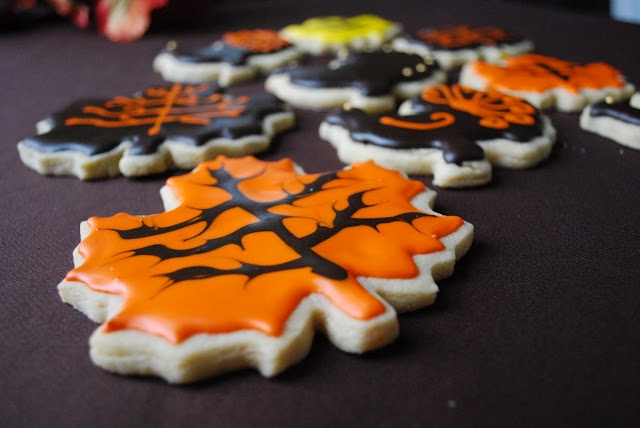 Thanksgiving Cookies- Yummy Maple Leaf! | Thanksgiving | Pinterest