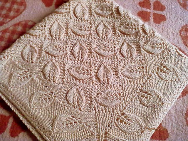Ravelry Knitting Patterns For Baby Blankets : Ravelry: UmiGamEs Leaf Baby-blanket Knitting Pinterest