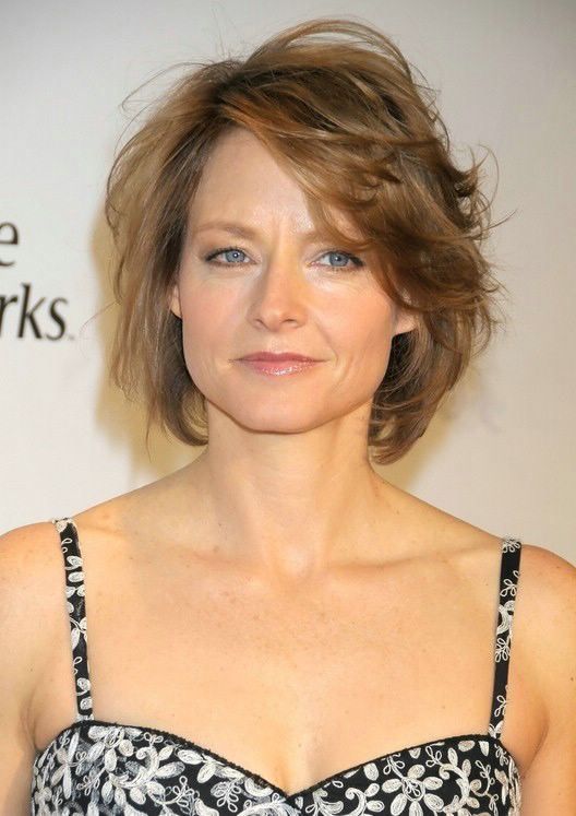 Medium Messy Hairstyles For Women Over 40