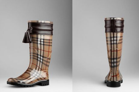 Singing in the rain with these fabulous Burberry Rain Boots