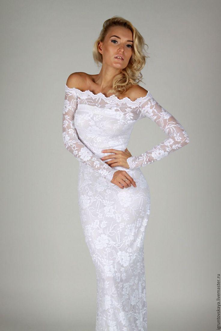 Платье белое из кружева