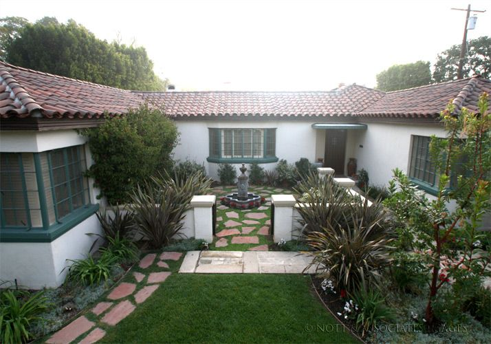 17 spanish style courtyards ideas house plans 41865 for Spanish home designs with courtyards