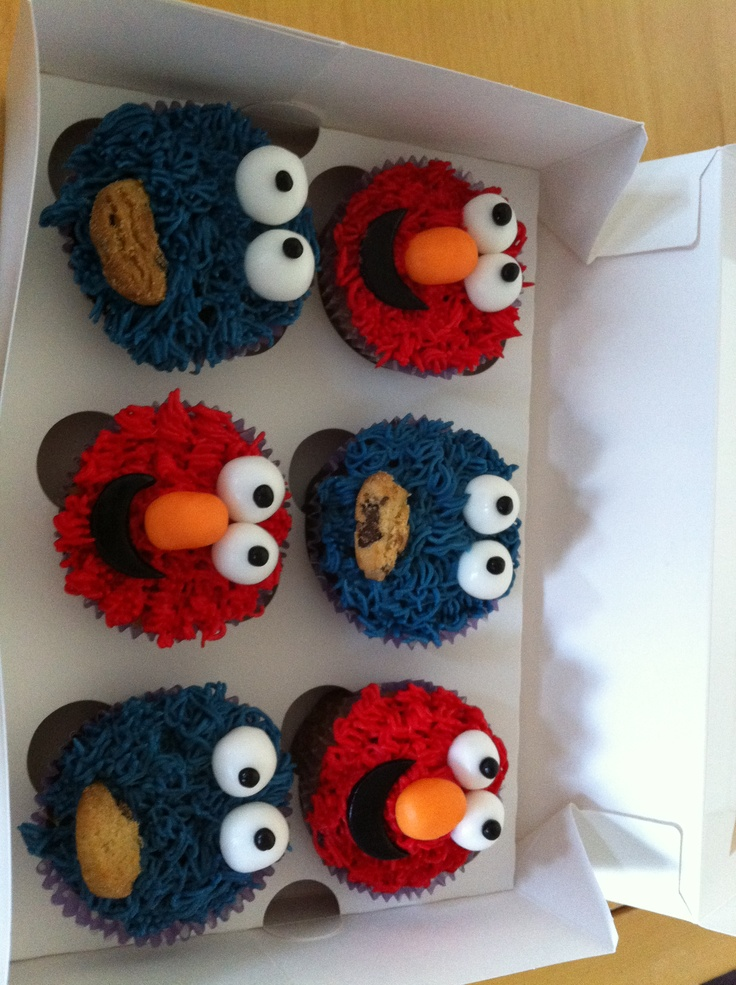 Elmo & Cookie Monster cupcakes | My Cakes | Pinterest