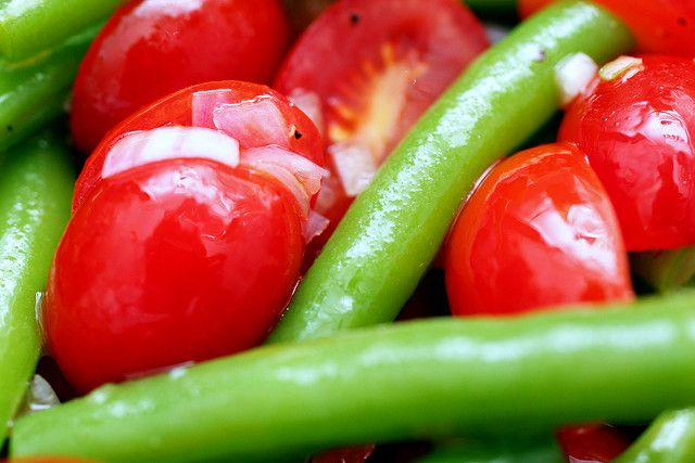haricot vert and tomato salad | Economical Eats | Pinterest