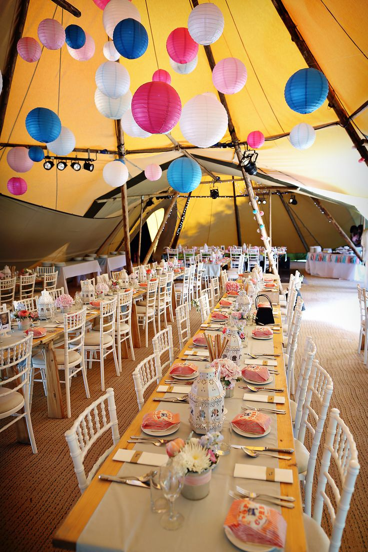 Wedding Tipi / Paper Lanterns / Stunning Tent / www.stunningtents,co.uk