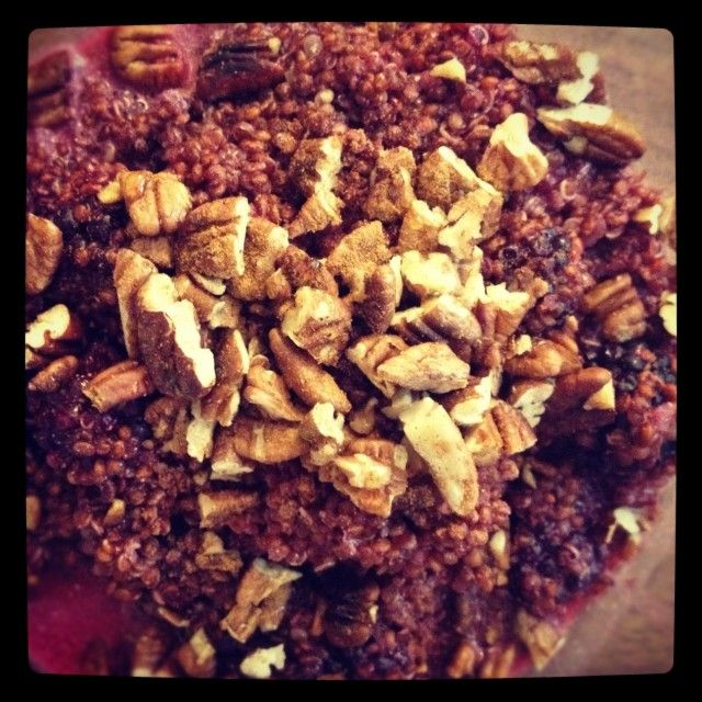 Quinoa Porridge with Blackberries