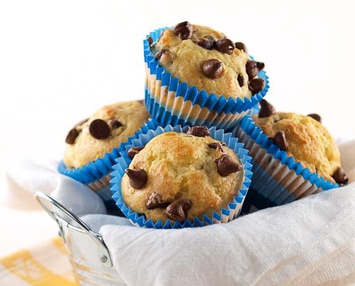Orange Sour Cream Chocolate Chip Muffins | Muffins in Love | Pinterest