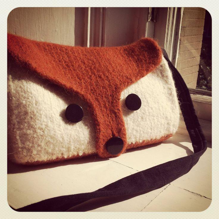 Felted Bag Knitting Pattern : DIY: Felted Fox Bag Knitting Pattern PDF