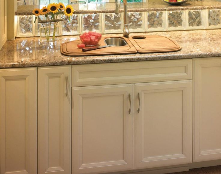 Pin by Aspen Kitchen and Bath on Plain & Fancy Kitchens