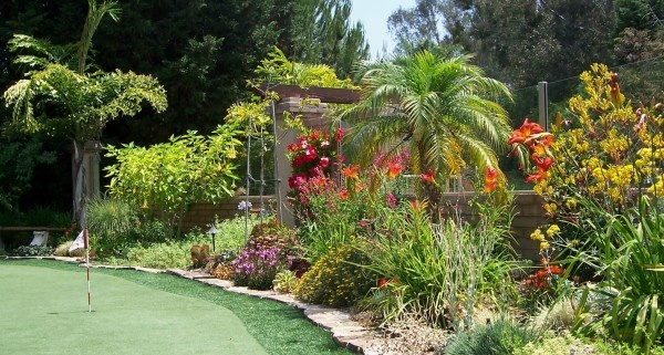 Simple elegant idea from best landscaping ideas collection for Garden designs in india