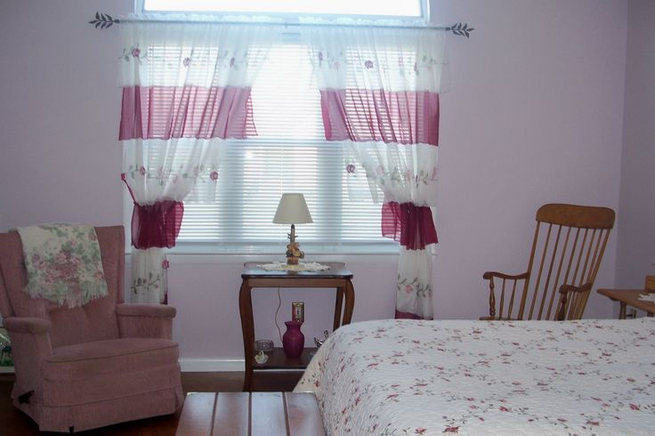 Master Bedroom Decorating: A Romantic Bedroom Makeover on a Budget