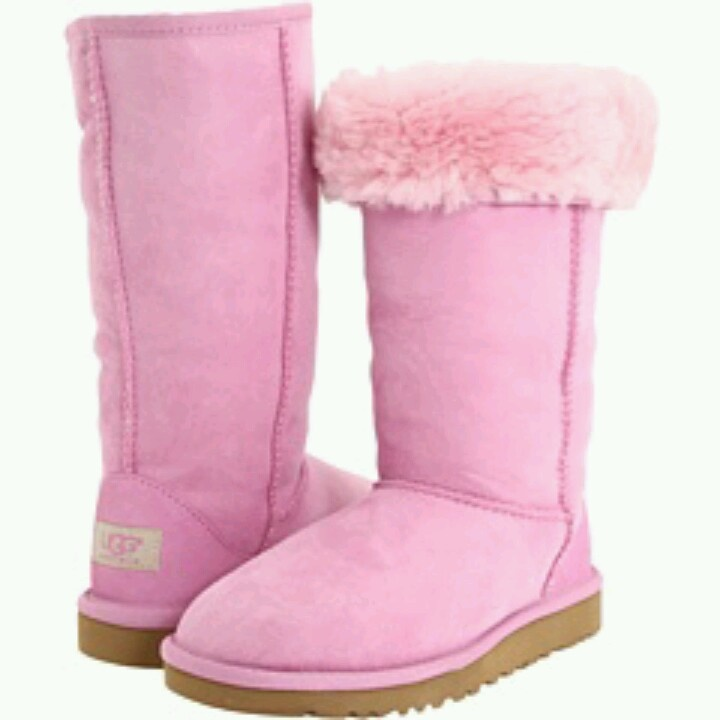 pink uggs crush. Black Bedroom Furniture Sets. Home Design Ideas
