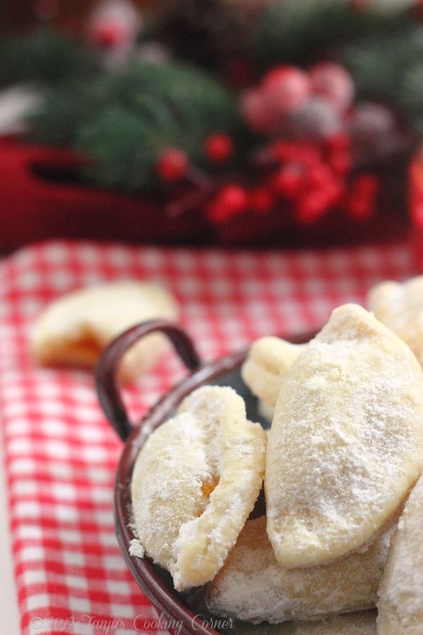 Tanjas Cooking Corner: Christmassy Jam Handpies/ Školjkice punjene ...