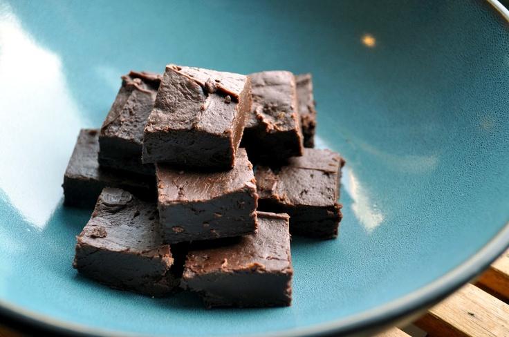Quick and Easy Fudge Recipe | Desserts | Pinterest