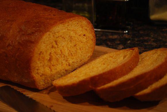 Spicy Sriracha Bread.. make in bread machine too