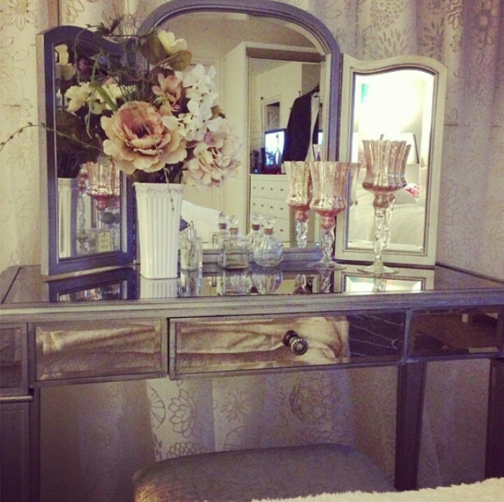 Vanity Table Inspiration
