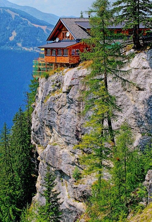 Mountain cabin austria cottage barns farms pinterest for Cottage in the mountains