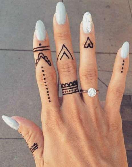 Мехенди легкие рисунки на пальцах