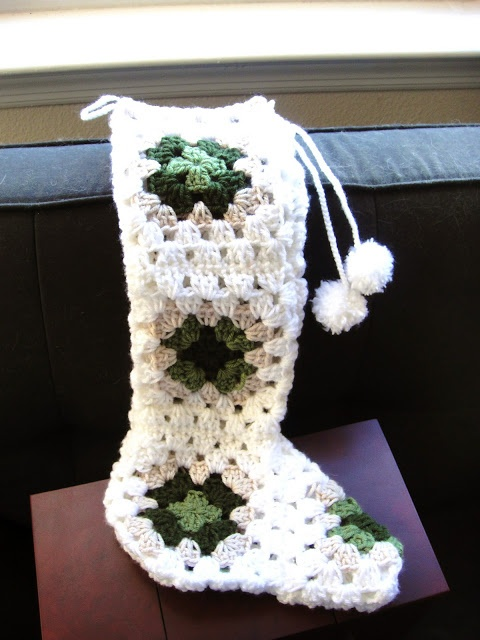 Granny Square Stocking XMASS TO CROCHET Pinterest