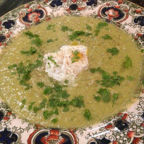 Fennel #asparagus #purée #soup with poached #quail eggs and #chervil ...