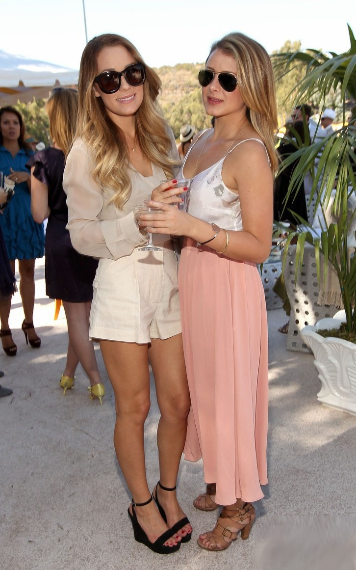 lauren conrad and lo bosworth -#main