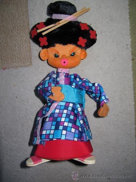 muñeca de fieltro bombonera , el mío fue un mosquetero
