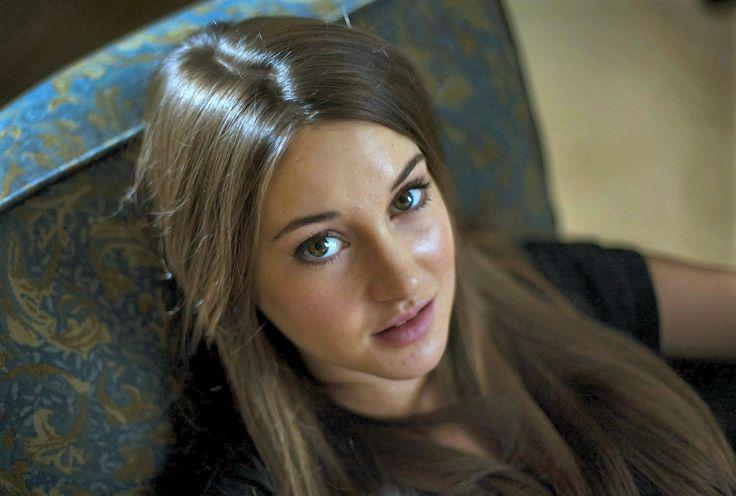 Stunning Brunette | Sh...