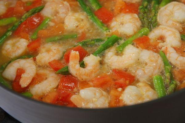 Angel Hair Pasta w/ Shrimp, Asparagus and Basil | Recipe