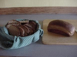 Tutorial on how to make whole wheat bread from freshly ground flour.