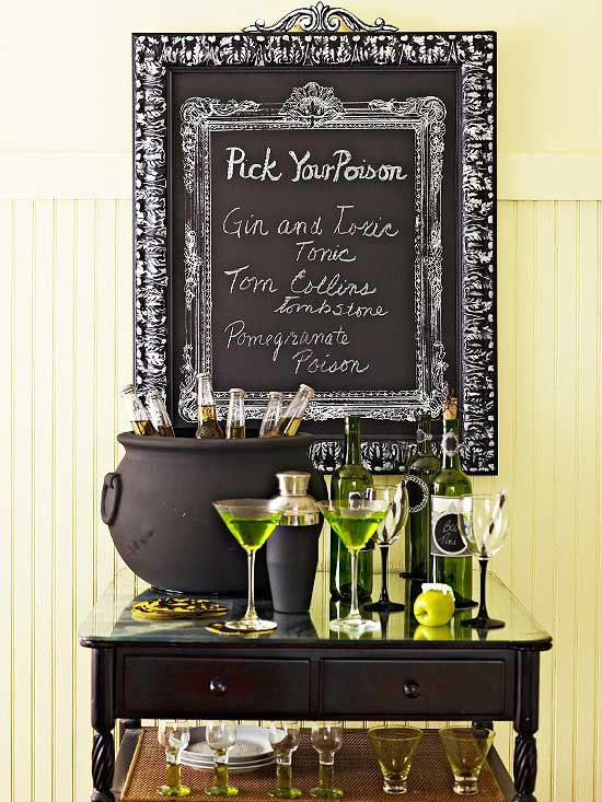 A chalkboard makes for an eerie drink menu at this Halloween get-together. See more creative ideas for Halloween parties: http://www.bhg.com/halloween/parties/halloween-theme-parties/?socsrc=bhgpin092212halloweenchalkboard=2